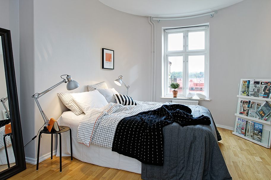 Anche la camera da letto è valorizzata in modo semplice attraverso i ...