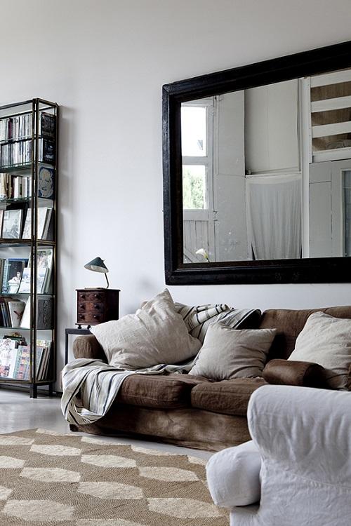 decorare la parete dietro al divano