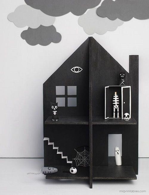 Haunted Dolls House by mrprintables