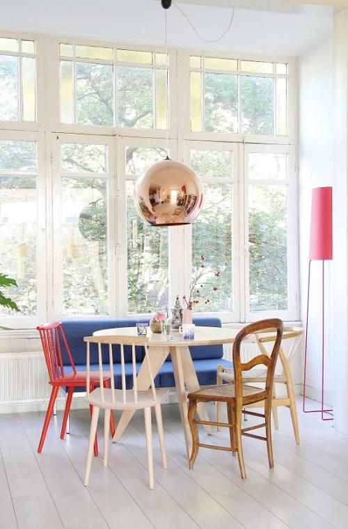 Home tour uno spazio pieno di vita ad amsterdam for Amsterdam casa rosa