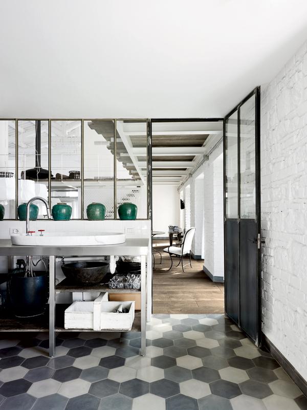 hexagonal-tiles-via-interiorbreak