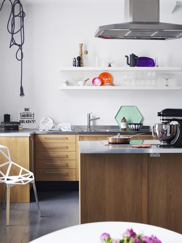 Cucina con scaffali o mensole - Mensole per cucine ...