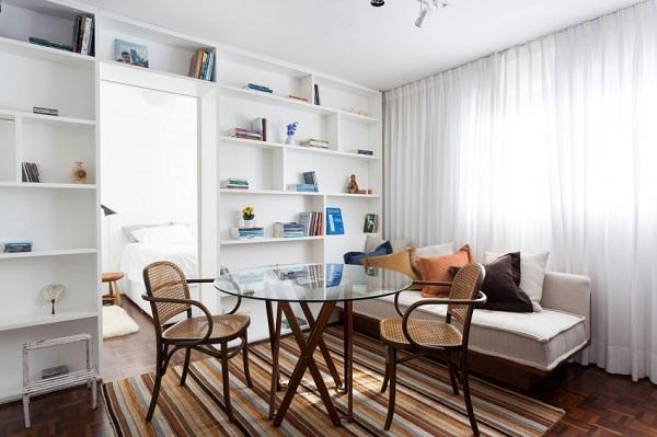 Un mini appartamento in brasile interior break for Quadri per appartamento