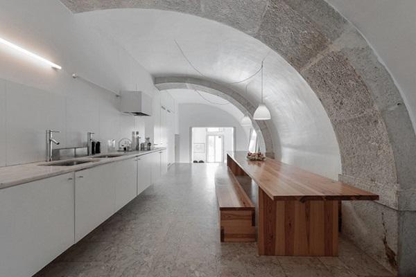 casa a Lisbona - cucina-pranzo minimale