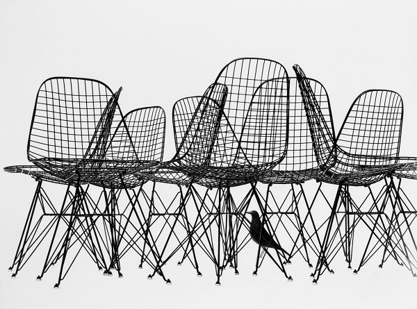 eames wired chairs