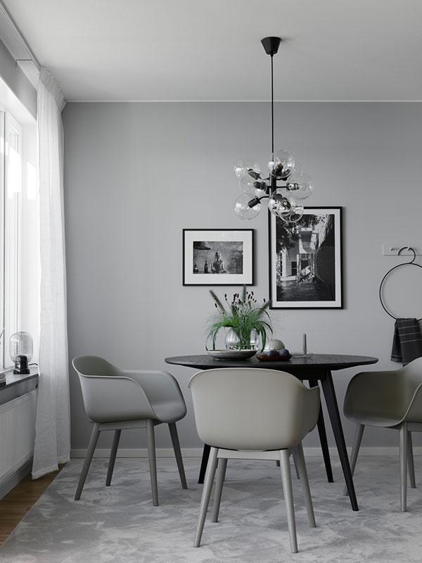 casa tonalità grigio