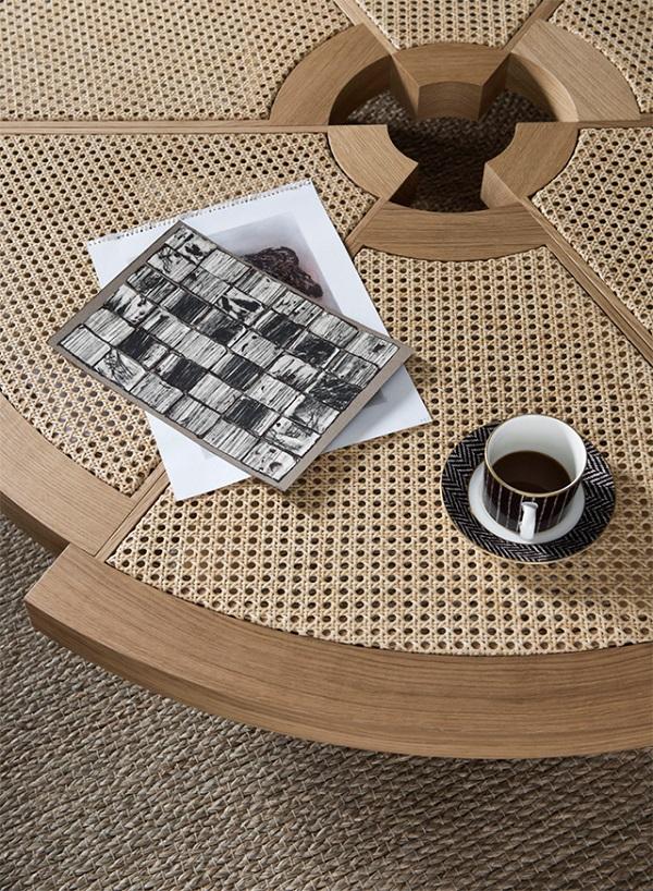 tavolino paglia di Vienna Rio, design by Charlotte Perriand, Cassina