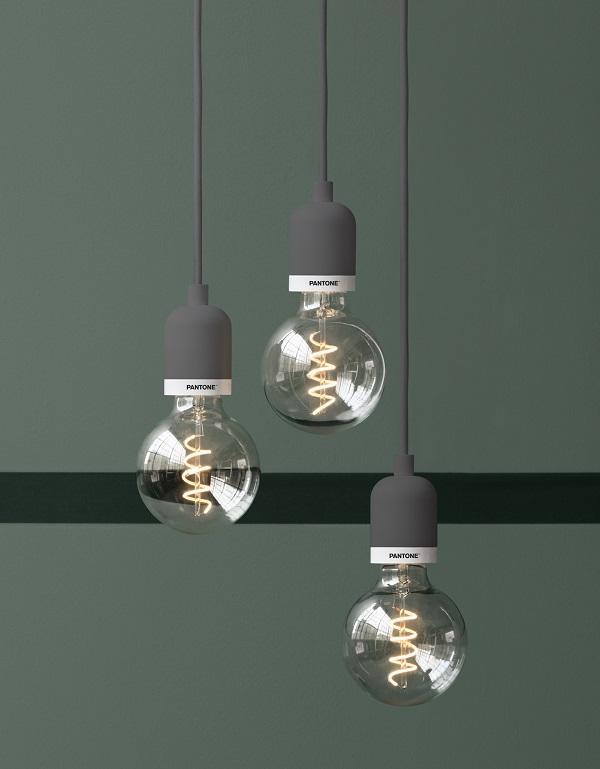 lampade Plumen Pantone