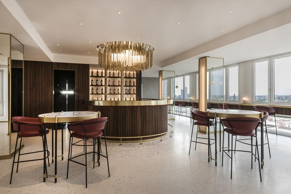 Terrazza Martini Milano, chandelier Bilumen