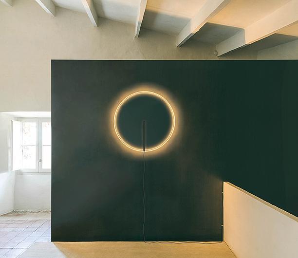 lampada Guise, design Stefan Diez per Vibia